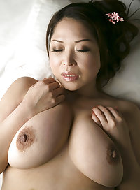 Natsuko Kayama - Erotic Japanese MILF