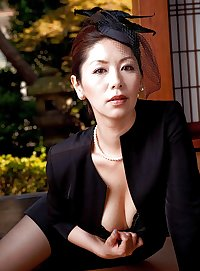 Japanese Widow Mom Chisato Shouda Is Lonely