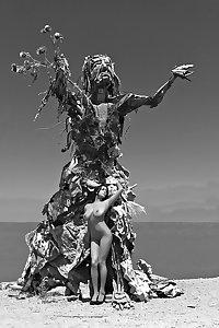 Decadent Dakini - The epitome of feminine beauty