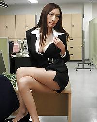 JULIA - 15 Beautiful Japanese PornStar