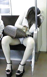 Japanese Girl Upskirts 18