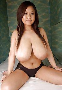 JAPANESE BIG BOOBS 2