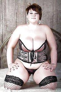 Sexy Curvy Girls (not nude)