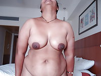 Indian Aunty Show 15