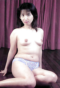 Japanese Mature Woman 06