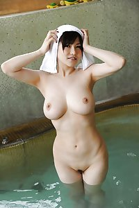 Naked Asian Girls 19