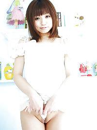 J15 Japanese teen Chiaki Kosuge 1