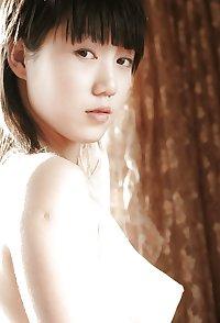 Asian hottie Zhang posing