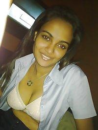 Sri Lankan Hottie 2.2