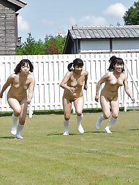 Naked Girl Groups 016 - Japanese Summer Camp