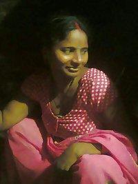 VILLAGE MILF - INDIAN DESI PORN SET 20.7