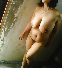 tante merry toge hot..
